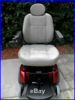 Electric powered wheelchair Jazzy 1113 Quantum NEW Batteries