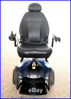 Electric wheelchair Jazzy Select Elite nice big seat new batteries very nice