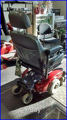 Electric wheelchair invacare pronto m51 excellent shape brand new batteries