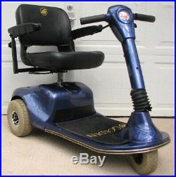 Golden Companion II 3 Wheel Mobility Scooter Power Chair NEW Batteries -SHIPS