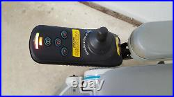 Hoveround MPV5 Electric Power Mobility Wheelchair New Batteries Pre-Owned