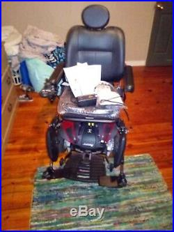 Jazzy Elite ES Power Wheelchair Front Wheel Drive Brand New Need battery