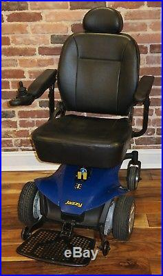 Jazzy Elite Es Power Chair With Brand New Batteries And Flip-up Footrest
