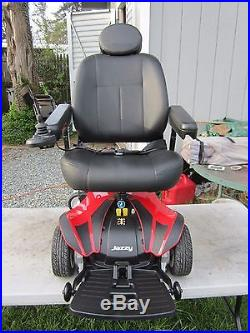 Jazzy Select Elite Power Wheelchair Great Condition 2 NEW BATTERIES
