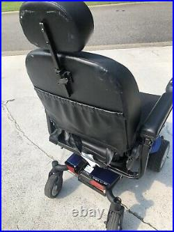 Jazzy elite power chair With 2 New Rechargeable Batteries $200 receipt Included