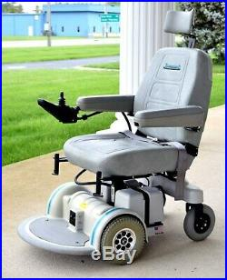 Mobility scooter electric wheelchair Hoveround MPV4 superb running new batteries