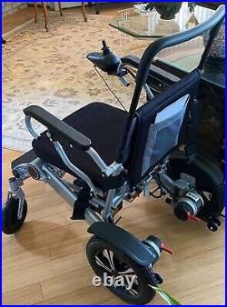 New Zoomer Lightweight Portable Battery Operated Motorized Power Chair