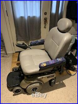 Power Chair, Jazzy 113, Scooter, Needs New Batteries