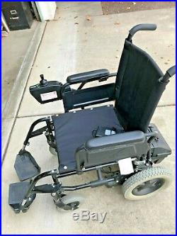 Power Chair Quickie V121 Excellent Condition with New Batteries! Primo