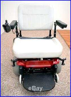 Power chair Bariatric Scout Boss 6NS by Pacesaver 600 lb rated 70 amp batteries