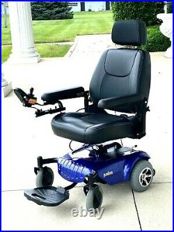 Power chair Portable great condition not a scratch new batteries
