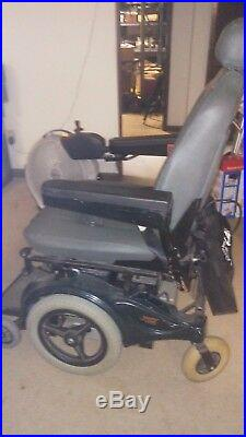 Pride Mobility Jazzy 1115 Wheelchair with2 55ah batteries Great Condition