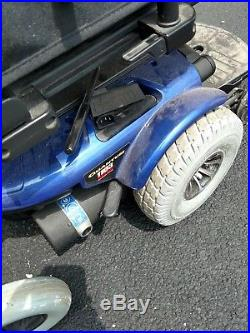 Pride Mobility Quantum electric Power Wheelchair. Needs batteries