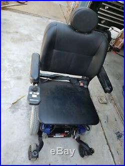 Quantum q6 edge power chair There Are 2 New Batteries And A Charger
