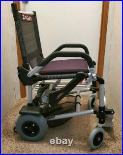 Zinger Chair Black Lightweight Folding Travel Electric ZR-10.1 withnew battery